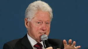 Bill Clinton Says Future of U.S.-Cuban Relations Hinge on Fate of Alan Gross