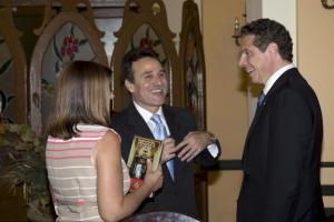 New York Governor Andrew Cuomo, right, talks with Cuba's Josefina Vidal, director general of the U.S. division at Cuba's Foreign Ministry, left, and Gustavo Machin, Cuba's deputy chief of North American affairs, center, before a meeting with Cuba's Minister of Foreign Trade Rodrigo Malmierca at the Hotel Nacional in Havana, Cuba, Monday, April 20, 2015. (Ramon Espinosa/Courtesy: Reuters)